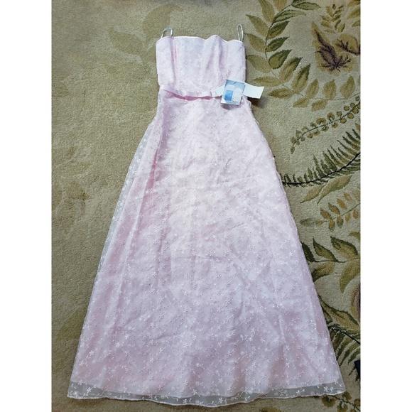 Jessica McClintock Dresses & Skirts - 🆕️Jessica McClintock formal gown💗🎀